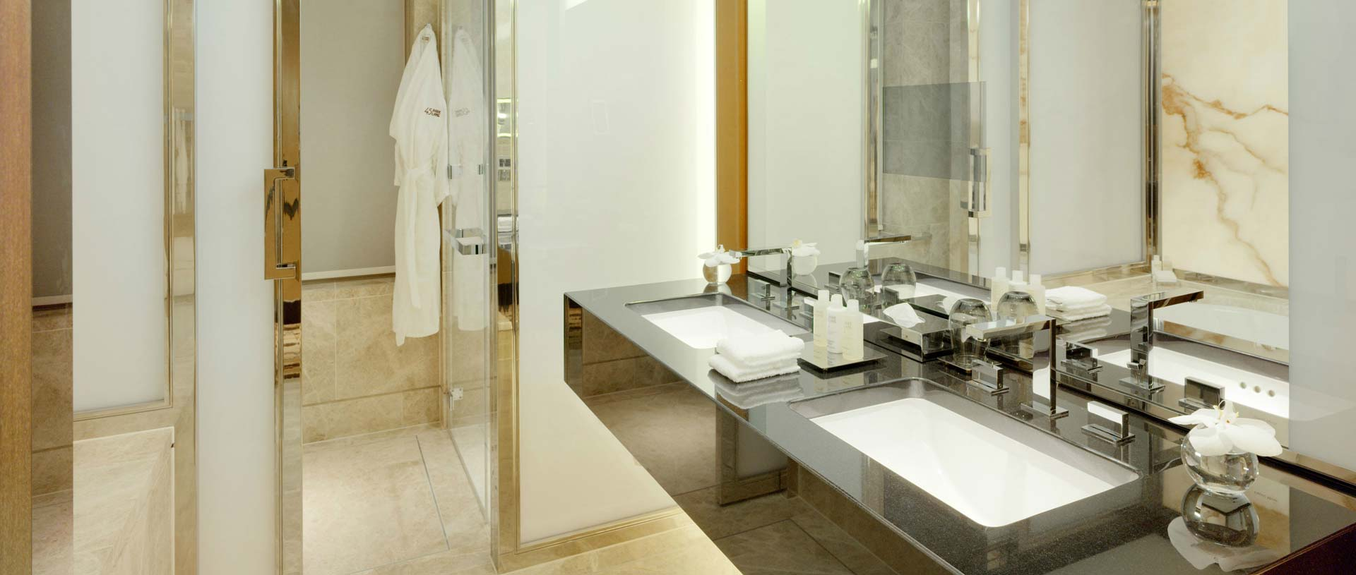 Saper Glass Homepage Slideshow - Hotels and Leisure