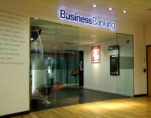 Saper Glass - Retail Banking