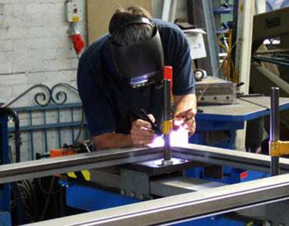 Saper Glass Facilities - Architectural Metalworks